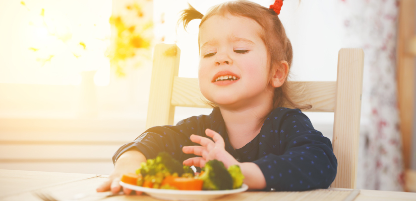 bambini-verdure-825x400