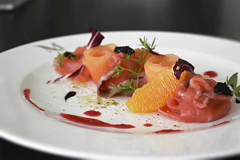 Salmone marinato al Sale di Sicilia integrale, miele e agrumi